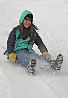 """<div class=""""source""""></div><div class=""""image-desc"""">Nora Mitchell has fun in the snow in Gravel Switch.Photo submitted by Lisha Mitchell. </div><div class=""""buy-pic""""></div>"""