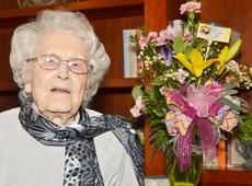 "<div class=""source"">Calen McKinney</div><div class=""image-desc"">On Feb. 16, Frances Moss celebrated her 106th birthday. </div><div class=""buy-pic""></div>"