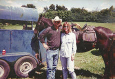 """<div class=""""source""""></div><div class=""""image-desc"""">Lisa Yates loved to ride horses. She's pictured with Frank Yates. She died of an aneurism in 2012, but her organs gave hope to five other families. </div><div class=""""buy-pic""""></div>"""