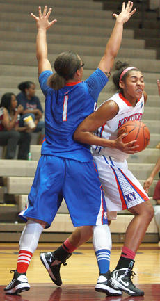 "<div class=""source"">Stephen Lega</div><div class=""image-desc"">Alexus Calhoun, Marion County's only player on the Kentucky Junior All-Stars, spins past Epps before drawing a foul. </div><div class=""buy-pic""><a href=""/photo_select/27903"">Buy this photo</a></div>"