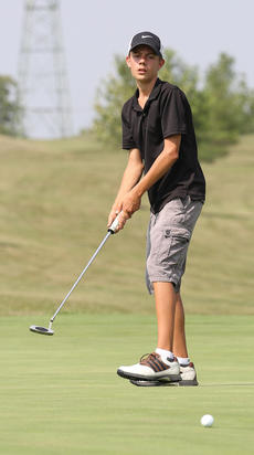"""<div class=""""source"""">Nick Schrager</div><div class=""""image-desc"""">Bryce Spalding watches his putt.</div><div class=""""buy-pic""""><a href=""""/photo_select/36392"""">Buy this photo</a></div>"""