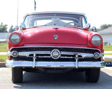"<div class=""source"">Nick Schrager</div><div class=""image-desc"">Shown is the front end of Al Hardin's 1954 Ford.</div><div class=""buy-pic""><a href=""http://web2.lcni5.com/cgi-bin/c2newbuyphoto.cgi?pub=015&orig=09-11-13_kroger_car_show_2.jpg"" target=""_new"">Buy this photo</a></div>"