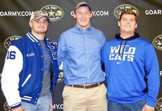 """<div class=""""source""""></div><div class=""""image-desc"""">Drake Jackson, right, had to wait for his chance to play last season while 2016 signees Kash Daniel, left, and Landon Young both played. (U.S. Army All-American photo)</div><div class=""""buy-pic""""></div>"""