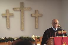 "<div class=""source"">Stephen Lega</div><div class=""image-desc"">The Rev. Tommy Calhoun addresses the congregation at First Baptist of Lebanon.</div><div class=""buy-pic""><a href=""http://web2.lcni5.com/cgi-bin/c2newbuyphoto.cgi?pub=015&orig=12-29-10%2Bweb%2Bfirst%2Bbaptist%2Bpic%2B1.jpg"" target=""_new"">Buy this photo</a></div>"