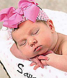 """<div class=""""source""""></div><div class=""""image-desc"""">Brandon and Christy Lee of Lebanon announce the birth of an 8-pound, 5-ounce daughter, Savannah Jean Lee, born April 6, 2011, at Spring View Hospital, Lebanon. Maternal grandparents are Peggy and Jack Lee of St. Mary, Marvin Cecil of Loretto and Danny Hourigan of Lebanon. Paternal grandparents are Vanessa and Chris Douglas of Gravel Switch and Louis and Brenda Lee of Calvary. Great-grandparents are Rosie Lee of Raywick and Estelle Hubbard of Lebanon. Savannah Jean has two brothers, Dylan and Michael.</div><div class=""""buy-pic""""></div>"""