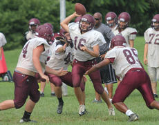 "<div class=""source""> Nick Schrager</div><div class=""image-desc"">Marion County quarterback Hayden Taylor finds himself surrounded by Deshay Epps, Kyle Milburn, and Jack Hagan during a recent practice.</div><div class=""buy-pic""><a href=""http://web2.lcni5.com/cgi-bin/c2newbuyphoto.cgi?pub=015&orig=8-14%2Bfootball%2Bhayden%2Btaylor%2Bpic.jpg"" target=""_new"">Buy this photo</a></div>"