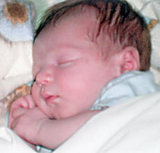 """<div class=""""source""""></div><div class=""""image-desc"""">Andy Edwards and Andrea P. Fenwick of Springfield announce the birth of a 7-pound, 6-ounce son, Easton Andrew Edwards, born July 23, 2011, at Spring View Hospital, Lebanon. Maternal grandparents are Danny and Gayle Fenwick of Springfield. Paternal grandmother is Lisa Edwards of Bardstown. Great-grandparents are Charles and Gertrude Edwards of Lebanon and Wilburn and Omia Kelty and Roy Fenwick and the late Paulene Fenwick, all of Springfield.</div><div class=""""buy-pic""""></div>"""