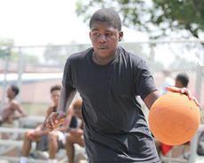 "<div class=""source"">Nick Schrager</div><div class=""image-desc"">Markel Bell dribbles up court during the Dirt Bowl Aug. 2-3 at Cleaver Court.</div><div class=""buy-pic""><a href=""/photo_select/36234"">Buy this photo</a></div>"
