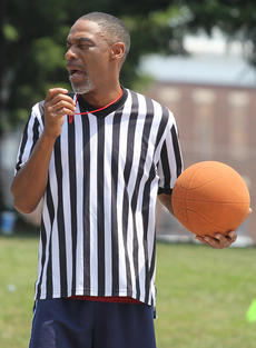 "<div class=""source"">Nick Schrager</div><div class=""image-desc"">Tony Coleman referees one of the games on Saturday.</div><div class=""buy-pic""><a href=""/photo_select/36239"">Buy this photo</a></div>"