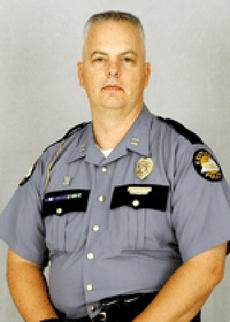 """<div class=""""source"""">Photo submitted</div><div class=""""image-desc"""">Kentucky State Police Post 15 located in Columbia is under the new command of Captain Jeff Suratt. Captain Suratt is a 19 year veteran of the Kentucky State Police from Greensburg, KY in Green County.  He received his KSP commission in 1993 and was promoted to Captain in July of 2012. </div><div class=""""buy-pic""""></div>"""