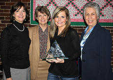 """<div class=""""source""""></div><div class=""""image-desc"""">Dorothy Drye was chosen by her peers as the 2011 Spring View Hospital Employee of the Year. Pictured with Drye are Densie Thomas, CFO, Kathleen Ferriell, CNO, and Ruth McDaniel, CEO. </div><div class=""""buy-pic""""></div>"""
