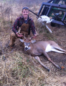 """<div class=""""source"""">Photo submitted</div><div class=""""image-desc"""">The Morris brothers each got a deer this year. They are Jamie, Jaron and Joey.</div><div class=""""buy-pic""""></div>"""