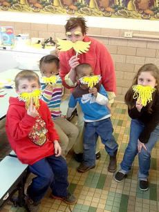 """<div class=""""source"""">Photos submitted</div><div class=""""image-desc"""">Glaccock Elementary held Family Literacy Night on March 20. Enjoying a Dr. Seuss activity for K-1s are from left, Luke Nelson, Deona Shively, Kim Mudd/teacher, Jacob Smalley, and Mia Mattingly. </div><div class=""""buy-pic""""></div>"""