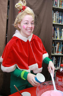 Amelia Bradshaw dressed as Cindy Lou Who.