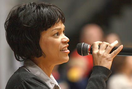 Angela Nance opened the event with a patriotic song.