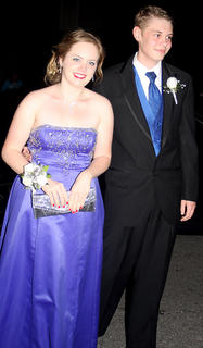 Blue was favorite color of the night for Sydney Webb and Bryce Kleinstuber.