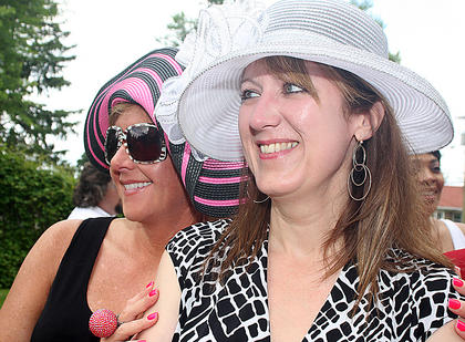 Gwyn Artz, Wendy Smith and James Spragens hosted a Cinco de Derby party Saturday at Myrtledene Bed & Breakfast in Lebanon. Katherine Kirzinger (in the white hat) and Lara Hamilton Brewer pose for a photo.