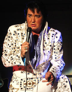 Eddie Miles and his physical similarities to Elvis are uncanny.