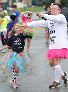 Gracie Bradshaw dances with the DJ,, Jeremy Bowman.