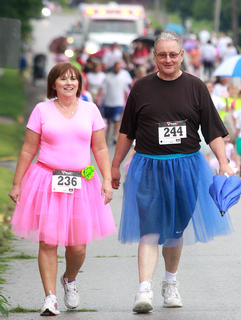 Jane Higdon and her husband, State Senator Jimmy Higdon, take part in the run.