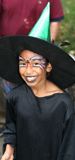 Taliya Spalding looks like she was dressed as a very nice witch for Halloween.