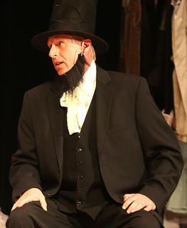 "Mark Thomas plays Abraham Lincoln in ""Holiday Celebrities."""
