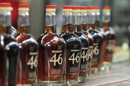 Gov. Steve Beshear and First Lady Jane Beshear came to Loretto for the announcement of Maker's 46, the first new product produced by Maker's Mark since 1958.