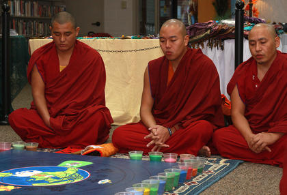 Wednesday morning, the monks again chanted before resuming their work on the mandala.