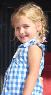 Participant No. 10, McKenzie Raley, is the daughter of Megan Raley and Josh Raley.