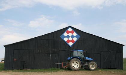 The pattern on Doyle and Doris Downs' farm was a tribute to their mothers, who were both quilters.