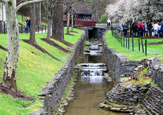 """<div class=""""source"""">Emily LaForme</div><div class=""""image-desc"""">Crowds enjoyed the beautiful scenery outside the Maker's Mark Distillery, while also enjoying tours, food and cocktail samples, live music, and select hand-crafted art at the 6th annual Handcraft Festival on Saturday.</div><div class=""""buy-pic""""><a href=""""/photo_select/60716"""">Buy this photo</a></div>"""