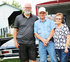 "<div class=""source"">Emily LaForme</div><div class=""image-desc"">Chuck Frame, current owner of the 1966 Chevrolet Chevelle SS, reunited the car with the original owners, Pete and Betty Gupton. </div><div class=""buy-pic""><a href=""/photo_select/62711"">Buy this photo</a></div>"