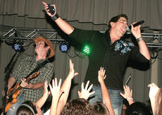 """<div class=""""source"""">Stephen Lega</div><div class=""""image-desc"""">Former American Idol contestant Josh Gracin sings during the featured performance at the TG Kentucky 10th anniversary concert celebration at Marion County High School Saturday evening. Mike Meadows is on guitar.</div><div class=""""buy-pic""""><a href=""""/photo_select/6891"""">Buy this photo</a></div>"""