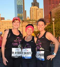 """<div class=""""source"""">MarathonFoto</div><div class=""""image-desc"""">Pictured, from left, are Jena Piekarski, Shelly Peterson and Stevie Lowery. They all ran the Chicago Marathon as Girls on the Run SoleMates and raised $3,825 for the Girls on the Run program.</div><div class=""""buy-pic""""></div>"""