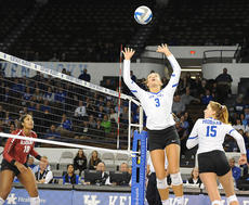 """<div class=""""source""""></div><div class=""""image-desc"""">Madison Lilley said beating Tennessee in a spring exhibition match showed improvements Kentucky had been wanting to make this spring.</div><div class=""""buy-pic""""></div>"""