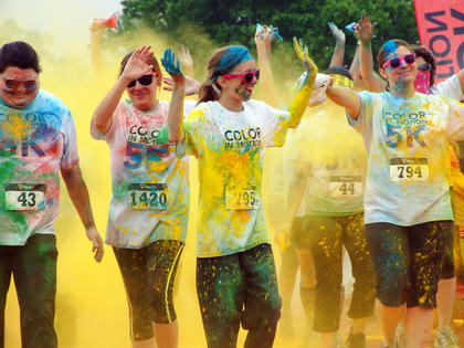 Several people participated in the race as a team, making it an all the more colorful experience.