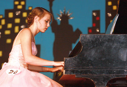 No. 20 Rachel Gootee, the 2015 Marion County Distinguished Young Woman