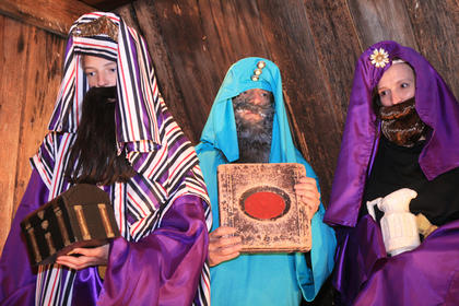 Pictured as the magi are Joe Sidney Osbourne, Bob Osbourne and Denise Osbourne.