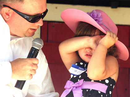 """Starla Tate wanted nothing to do with emcee Jeremy """"Breakfast Boy"""" Bowman during the Little Miss Ham Days contest."""
