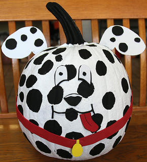 The 101 Dalmations inspired the creation of this pumpkin.