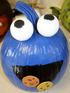 No one can deny who this pumpkin resembles - the cookie monster!