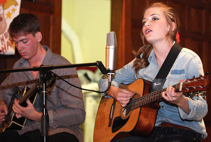"Bailey Spalding sings ""Sweet Child of Mine"" while playing the guitar. She was joined by Cody Farmer."