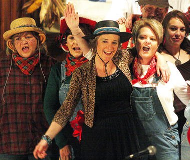 Janice Richardson, Kathy Spalding, Pam Brady, Crystal Brady, Lewis Clements and Jamie Bell sing HEE HAW's closing theme song at the end of the play.
