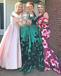 Pictured, from left, are Avery Stiles, Taylor Hill and Kaylee Mills.