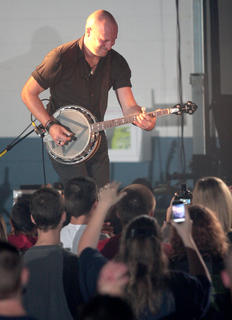 "Aaron Branch of Building 429 ""rocks the banjo""."